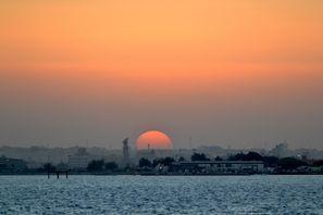 Inchirieri auto Sitra, Bahrain